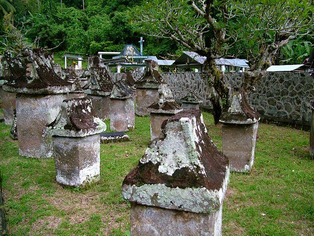 5 Situs Pemakaman Nusantara yang Cocok Dikunjungi Traveler Pemberani 10