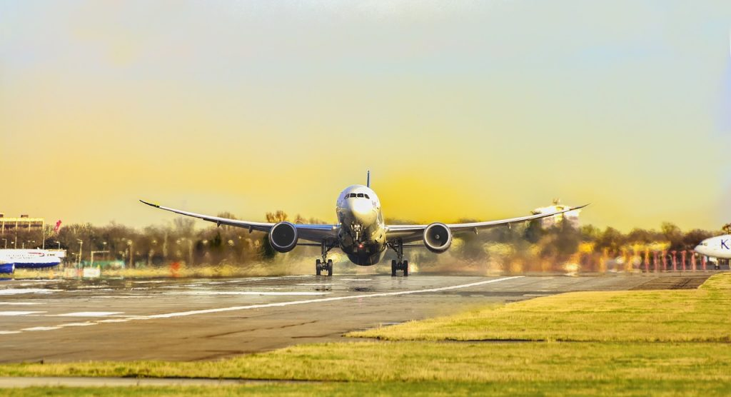 Mitos Pesawat Terbang