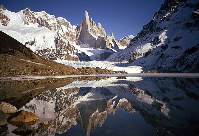 5 Gunung yang Menjadi Favorit Pendaki di Dunia 1