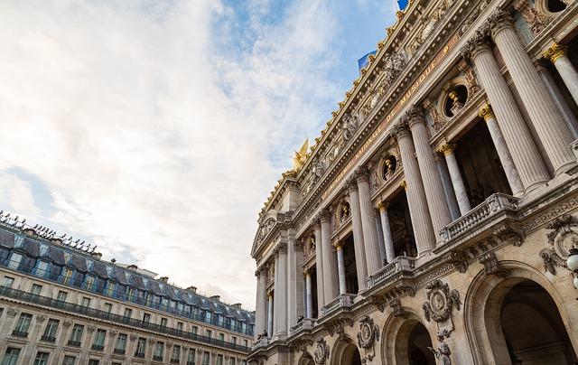 5 Spot Menarik di Paris yang Wajib Dikunjungi 6