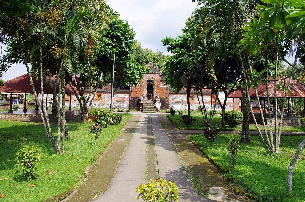 5 Tempat Wisata Lombok Terbaik untuk Keluarga dan Anak 3