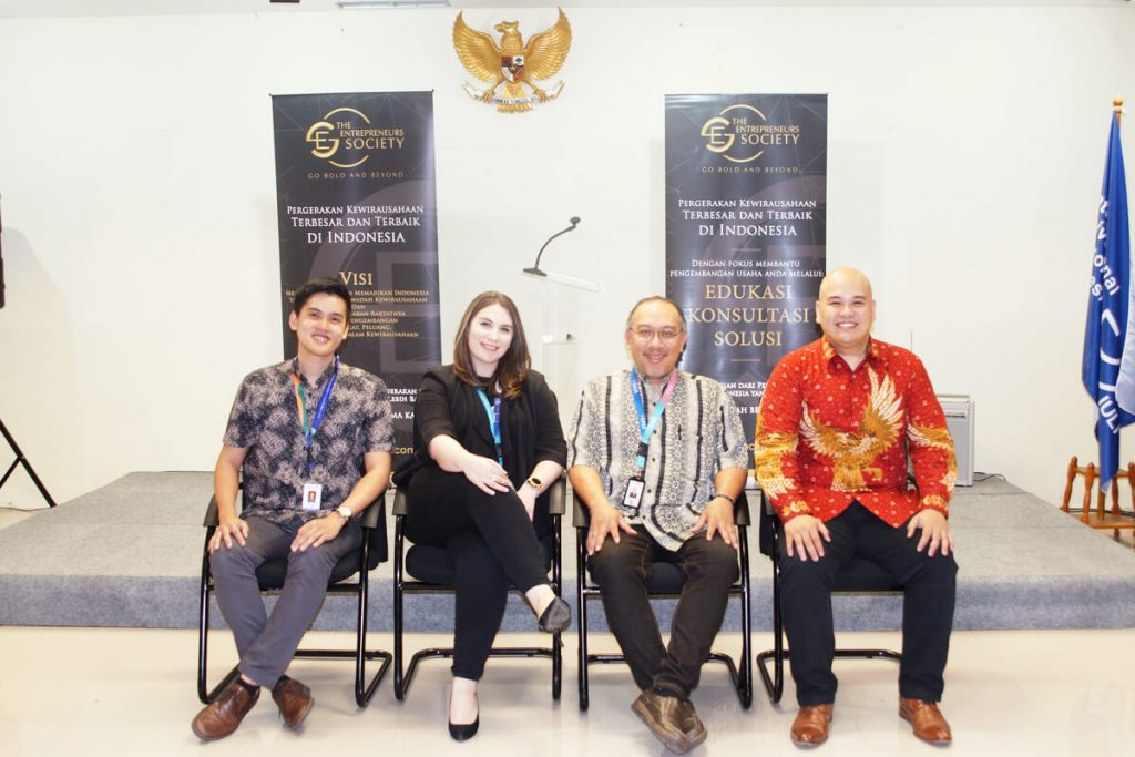 Seminar Fakultas Bisnis dan Ilmu Sosial IULI: Pentingnya Wirausaha Bagi Mahasiswa 1