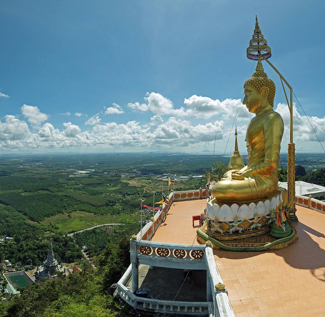 Deretan 6 Kuil di Thailand yang Megah dan Eksotis 12