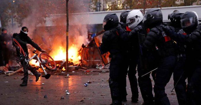 demo paris