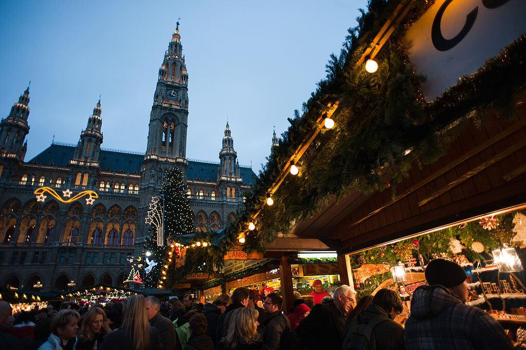 10 Negara Terbaik Untuk Dikunjungi pada Liburan Natal dan Tahun Baru 16