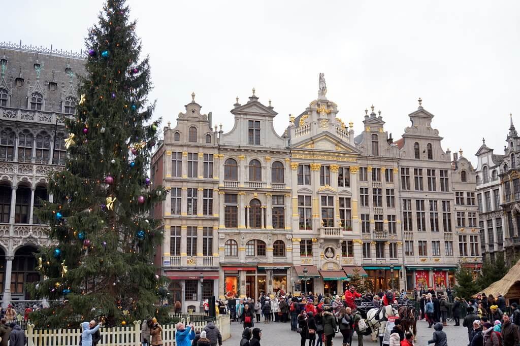 10 Negara Terbaik Untuk Dikunjungi pada Liburan Natal dan Tahun Baru 14