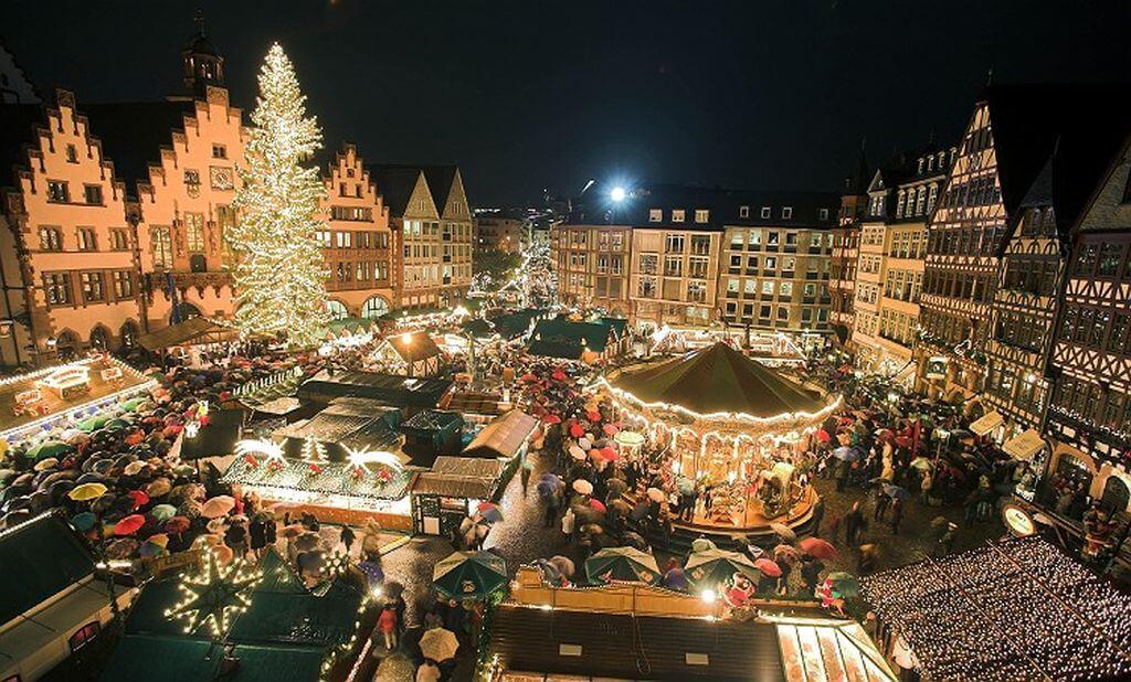 10 Negara Terbaik Untuk Dikunjungi pada Liburan Natal dan Tahun Baru 17