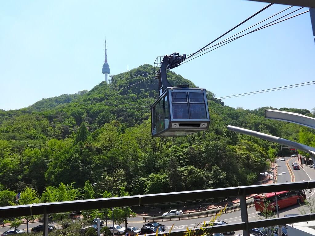 Menyaksikan Berbagai Atraksi Seru yang Ada di N Seoul Tower 3