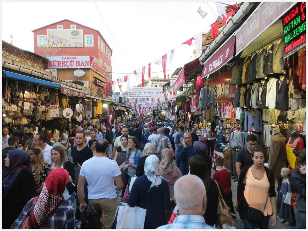 5 Kawasan Perbelanjaan Untuk Berburu Oleh oleh Istanbul 6