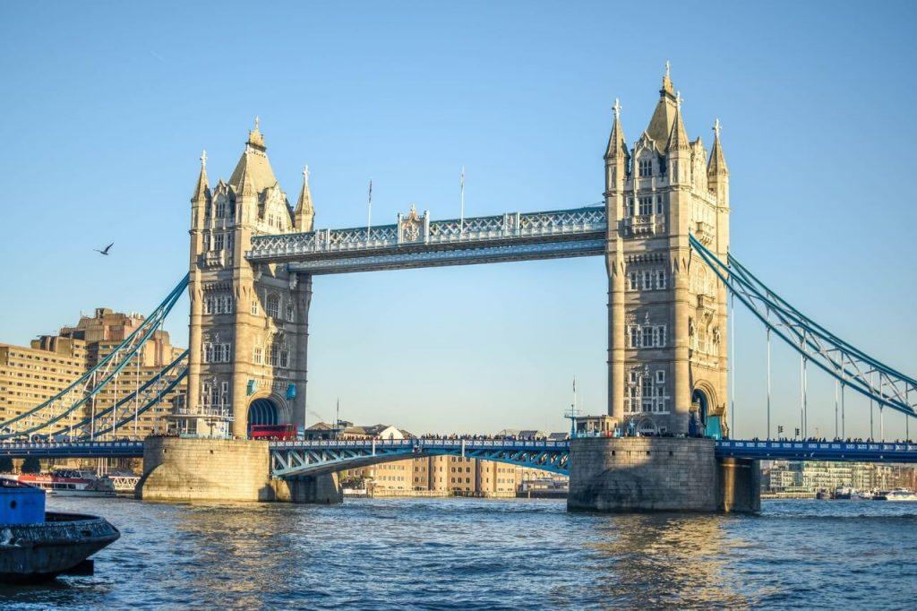 Jangan Tertukar! Inilah Perbedaan Tower Bridge London dan London Bridge 3