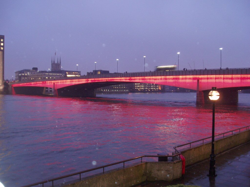 Jangan Tertukar! Inilah Perbedaan Tower Bridge London dan London Bridge 1