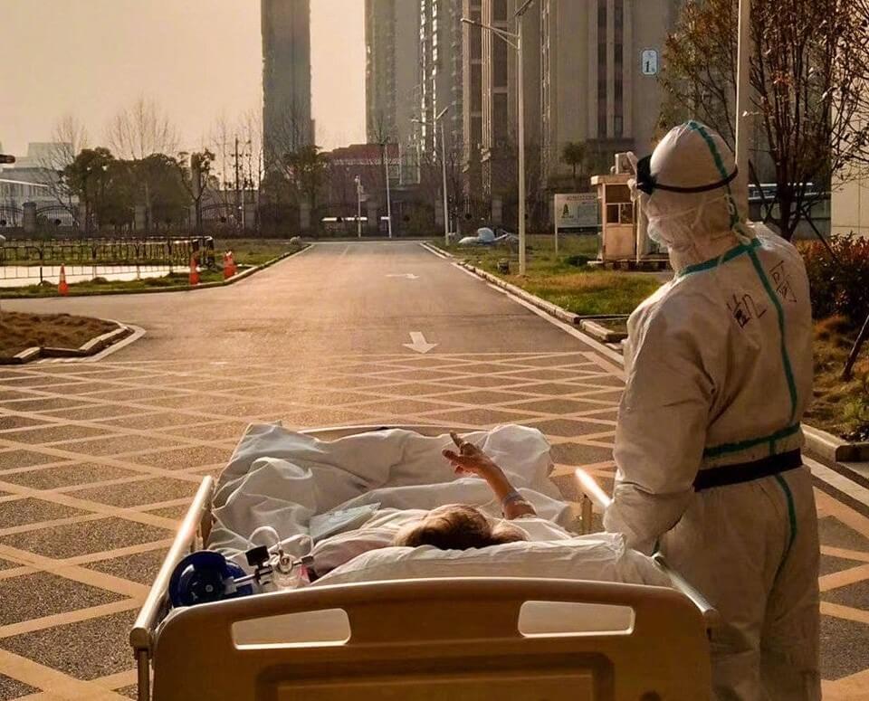 Dokter Ini Ajak Pasien Corona Lihat Sunset cover (1)